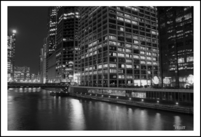 Chicago_river_2007_1a