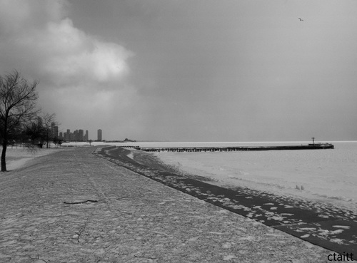 Winter_along_the_lakefront